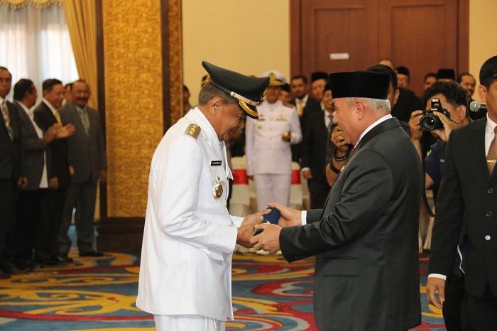 Gubernur Isran Pesan Kepada Wabup Mampu Mengemban Amanah Bersama Bupati