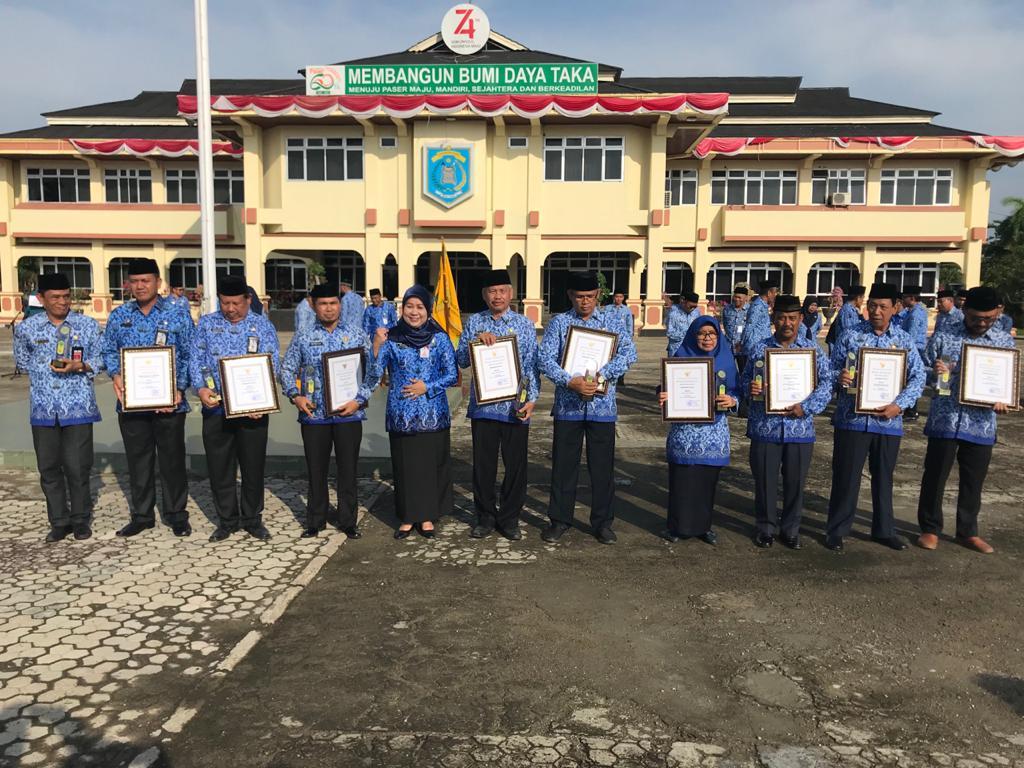 Keluhkan Minim Pencapaian 2019, Bupati Tetap Apresiasi  Instansi & Individu yang Mengangkat Nama Kabupaten Paser.