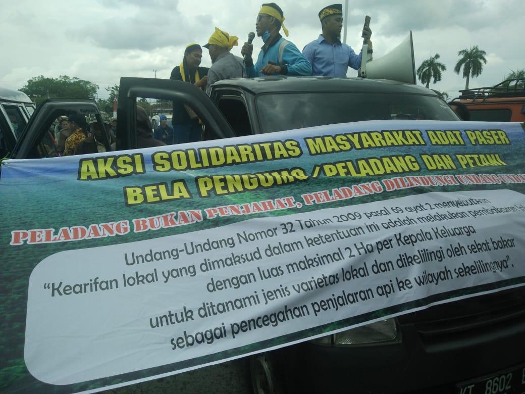Masyarakat Adat Paser Gelar Aksi Solidaritas Pembakar Lahan Untuk Berladang