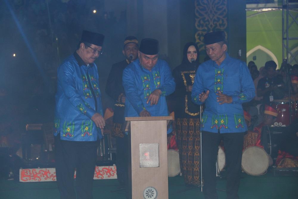 Buka MTQ  ke-41, Gubernur Puji Kemegahan  Masjid Agung Nurul Falah