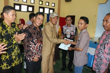 Wabup Pantau Layanan GISA di Desa Sekurou Jaya Long Ikis