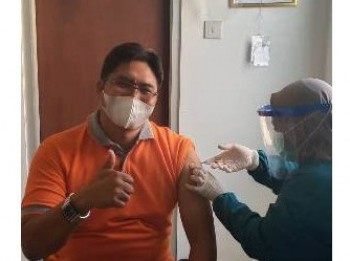 Pendidik dan Kependidikan MTsN 1 Paser Laksanakan Vaksin Covid-19