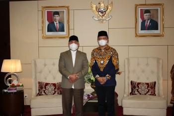 Perbaikan Jalan Poros Dua Kecamatan, Gubernur Ajak Bupati Fahmi Berjuang