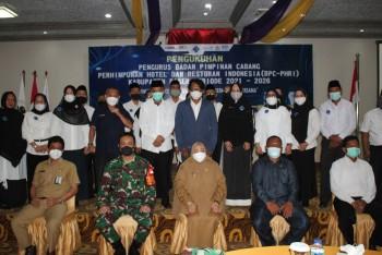 Wabup Masitah Hadiri Pengukuhan H Kaharuddin Sebagai Ketua PHRI Paser