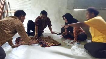 Dekranasda Bina Pengrajin di Olung dan Kayungo Sari