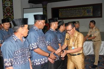 Posisi Ketua RT/RW Sangat Strategis , Aripin: Pahami Perda Tentang Rukun Tetangga
