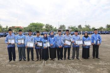 Bupati Apresiasi di Terimanya Penghargaan LHKPN & Pengelola Kepegawaian