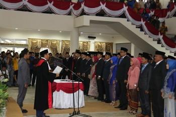 Anggota DPRD Baru Resmi di Lantik Ketua PN Tanah Grogot
