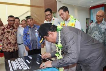 Bupati Harapkan PT Kideco Perbaiki Jalan Muara Samu
