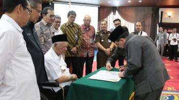Wabup Tandatangani MoU Bersama KPK , Pemkab Paser Komitmen Berantas Korupsi