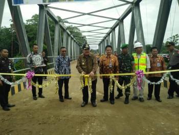 Bupati Resmikan Jembatan Muara Biu, Camat & Warga Sampaikan Terimakasih
