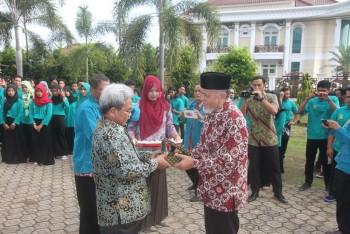 STIPER Muhammadiyah Tanah Grogot Lepas 58 Mahasiswa KKN