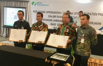 Pemkab Paser dan BPJS Ketenagakerjaan sepakati MoU dan PKS Jaminan Tenaga Kerja bagi PTT