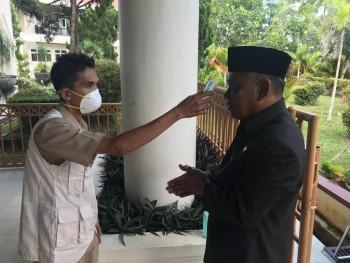 Sidang DPRD yang Hadir Dibatasi,  Harus Cuci Tangan &  Ukur Suhu Tubuh