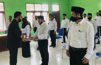 Lantik Anggota BPD, Arief ajak berbenah membangun sistem kerja dengan dukungan Kemajuan IT untuk menyambut era Revolusi 5.0