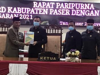 Wabup Kaharuddin Sampaikan Penghantar Nota Keuangan RAPBD 2021