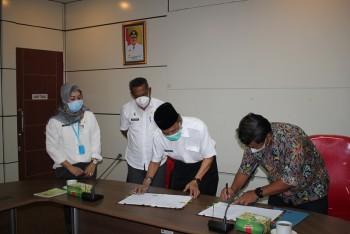 Wabup Kaharuddin Terima Hibah dari  Kementerian PUPR