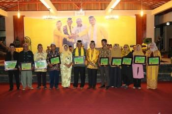 Wabup Bersama Tokoh Berjasa Seni & Budaya Terima Penghargaan DPP LAP