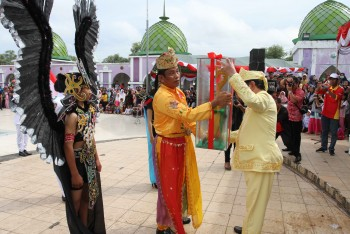 Bupati: Melalui Parade Budaya Dapat Membangun Kebersamaan