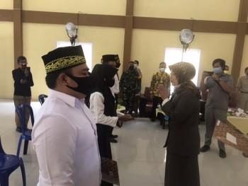 Pelantikan BPD Lomu oleh Asisten Perekonomian & Pembangunan di Hadiri Wakil Ketua DPRD