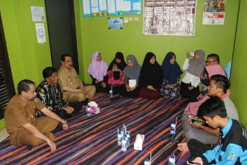 Dialog Dengan Bupati dan ketua DPRD, Mahasiswa Lebih Berkeluh Kesah