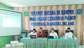"Pengawas MA Sosialisasikan ""SiEka"" kepada Guru MAN IC Paser"