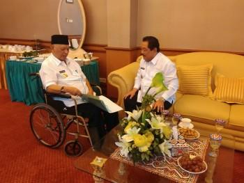 Bupati Serahkan Rekomendasi Calon  Sekkab Kepada Gubernur