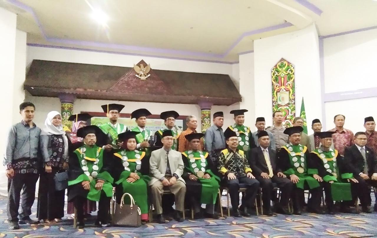 STIT Ibnu Rusyd Wisuda 36 Sarjana Pendidikan