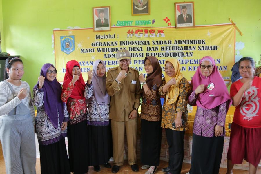 Wabup Hadiri Layanan Adminduk GISA di Desa Lori Tanjung Harapan