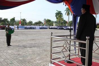 Bupati Pimpinan Upacara, Ketua DPRD Bacakan Ikrar