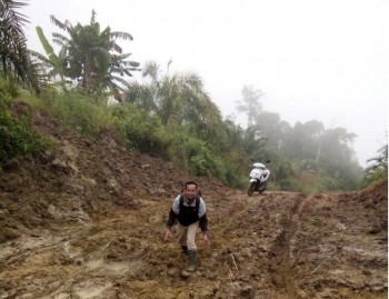 Poros Lolo – Biu Semakin Parah, Bachtiar : Ruas Jalan Tanggung Jawab Provinsi