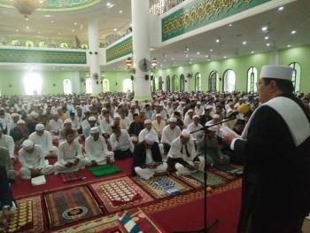 Sholat Idul Adha, Dari Bupati hingga Camat Bacakan Sambutan