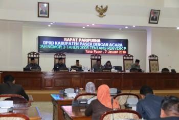 DPRD Setujui Raperda Perubahan Perda No 3 Tahun 2005 Tentang PPNS