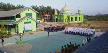 Peringati Hari Pahlawan 2019, Wakil Madrasah MAN IC Bacakan Sambutan Kemensos
