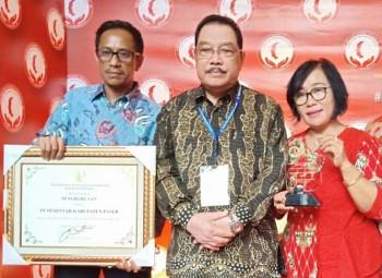 Peduli HAM, Bupati Yusriansyah Terima Penghargaan Menkumham, Kado Manis Jelang Hari Jadi Kabupaten Paser ke-59