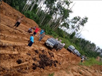 Dana Benkeu, Jalan Kerang-Tanjung Harapan Diperbaiki