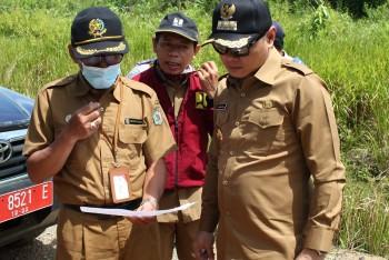 Bupati Fahmi Perintahkan Kadis PUPR Segera Benahi Jalan Poros Batu Engau -Tanjung Harapan