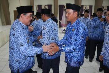 """""""Bupati Sampaikan Permohonan Maaf Lahir & Batin"""""""