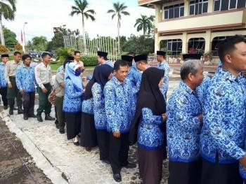 Apel Gabungan Korpri Diwarnai Halal Bihalal Ditandai Pembacaan  Perbup Nomor 31 Tahun 2017