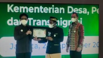 Tunjukkan Tajinya  Melalui  Posyantek Desa Uko, Bupati Bangga Karya Ali Maulana Juara Nasional