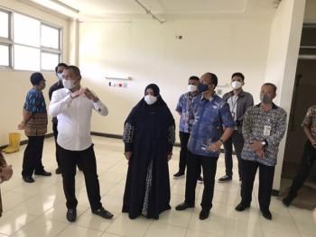 Kunjungi Kesiapan Tambahan Ruang Covid, Bupati Tetap Berdoa Tidak Sampai Ditempati Pasien & Ajak Masyarakat Patuhi Protokol Kesehatan