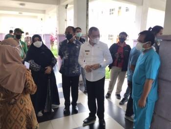 Fasien Covid Berat di RSUD Panglima Sebaya Rata-Rata Belum Menerima Vaksinasi