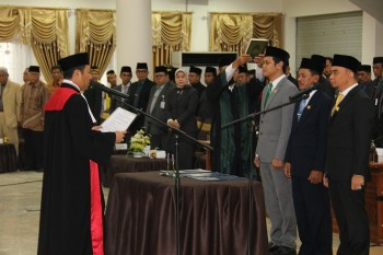 Ketua & Wakil DPRD Paser Resmi di Lantik